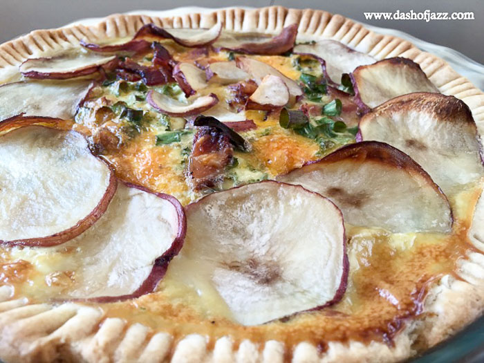 breakfast pie topped with thinly-sliced red potatoes