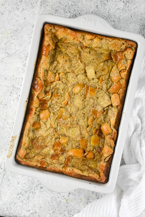 baked cinnamon roll bread pudding