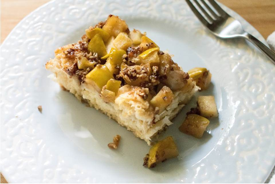 Apple Praline Biscuit Bake | Dash of Jazz