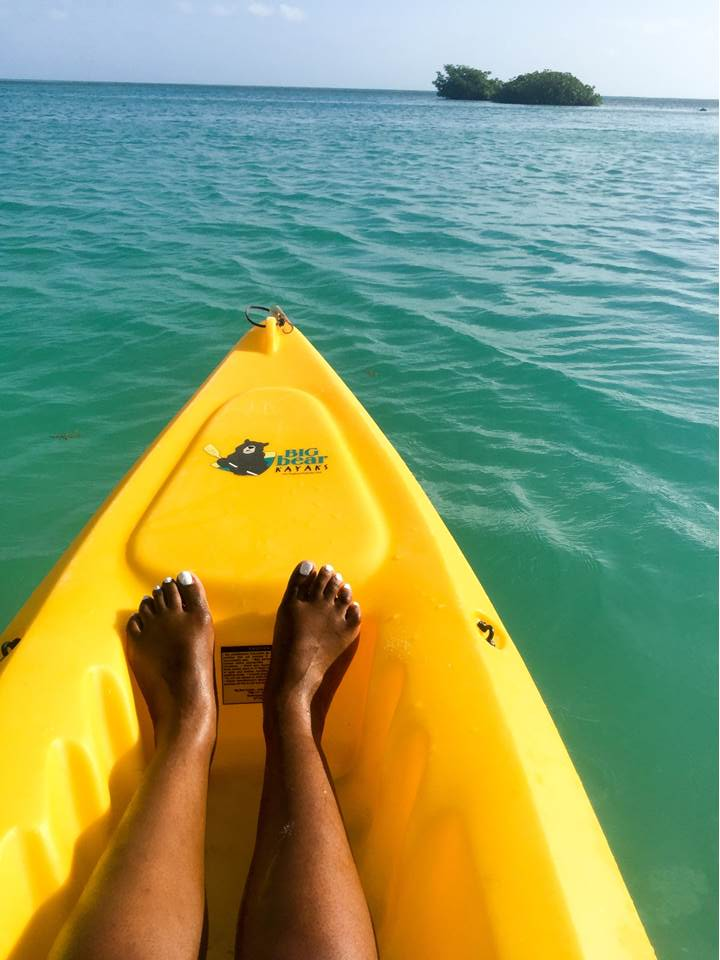 What to pack, do, and see, in Belize as well as generally handy hacks and beautiful photos in this Belize travel guide + tips from a solo female traveler.