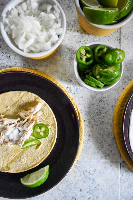 Girls Guide to Fight Night is everything you need to host a fight night watch party--from an easy taco recipe, to which beer to serve, to targeted hosting tips! by Dash of Jazz