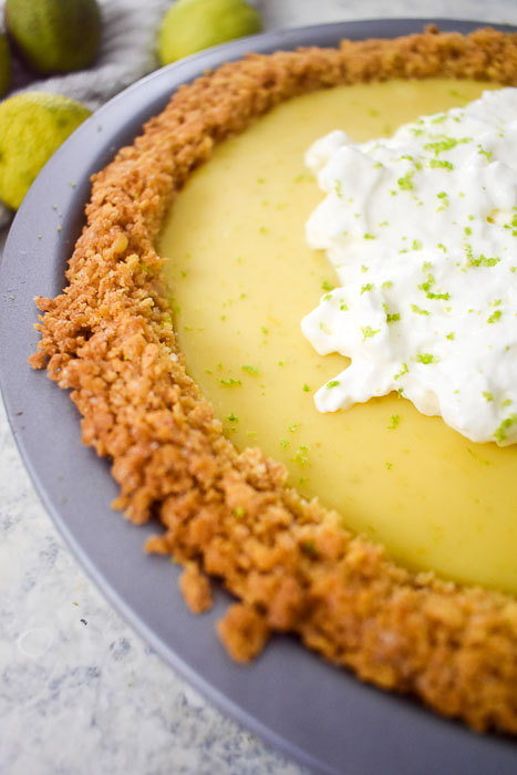 graham cracker crust on key lime pie