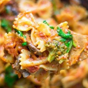Easy Vegetarian Pasta Skillet Dinner
