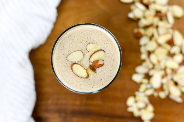 Autumn Almond Breakfast Smoothie with Protein