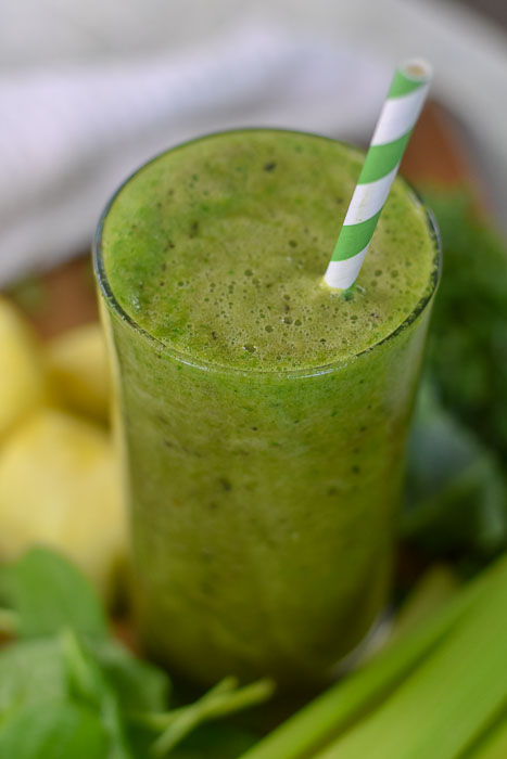 glowing skin green smoothie