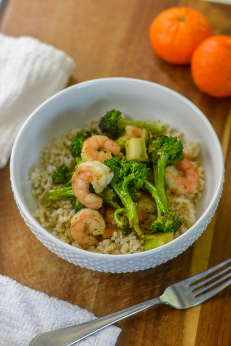 sweet & spicy shrimp broccoli stir fry over brown rice