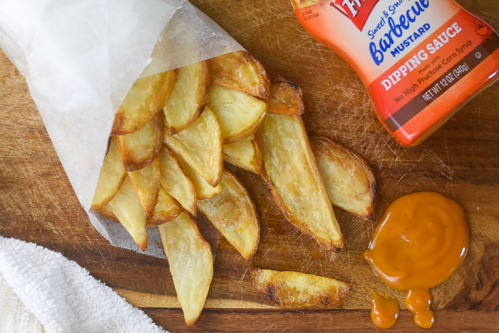 crispy oven baked fries with sweet & smoky barbecue mustard