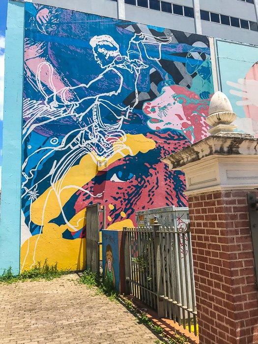 outdoor mural in Santurce